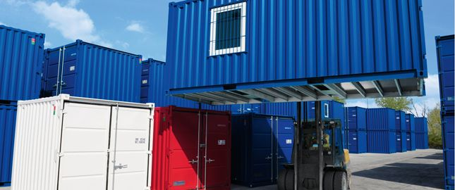 Storage container, Loading